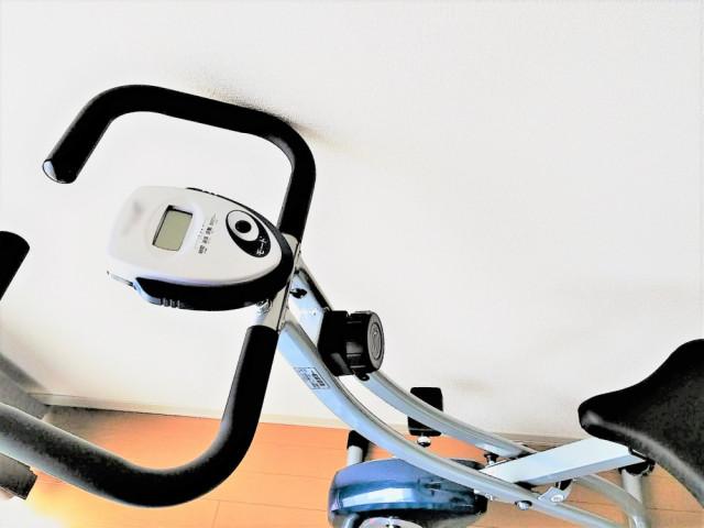 一般的な膝関節症への対処法は自転車運動です。